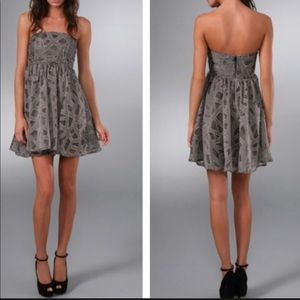 Alice + Olivia Wool & Silk Blend Flounce Dress